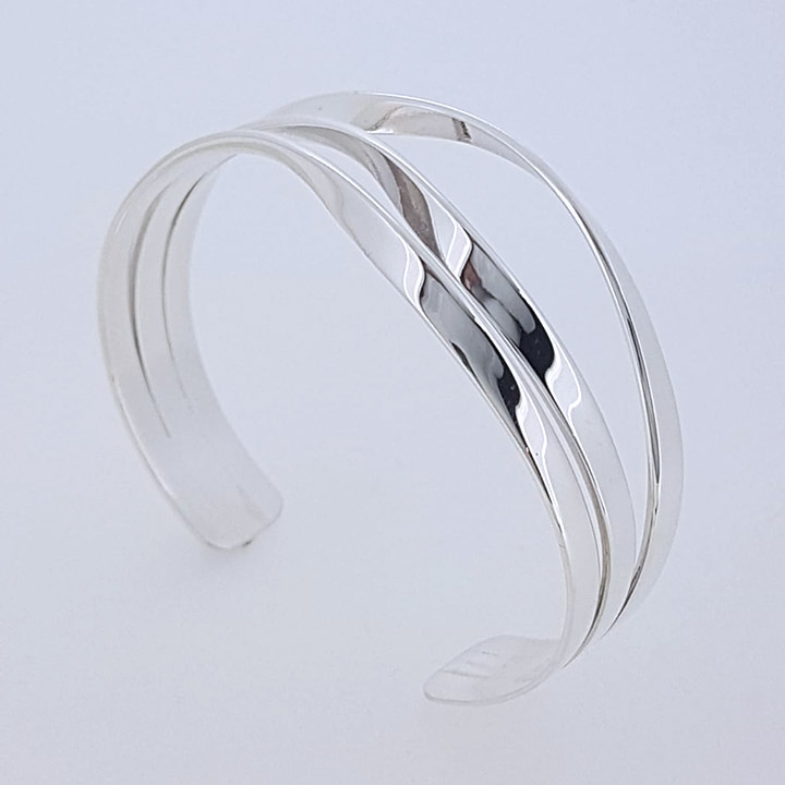 Sterling Silver Torc Bangle (CUR-STQB3N)