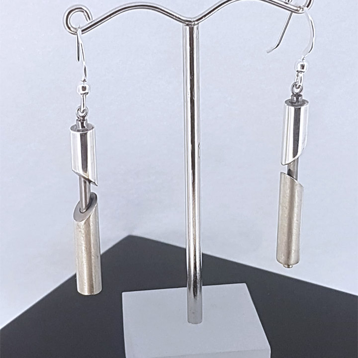 Exposed Design Sterling Silver Earrings (RLL-IE5)